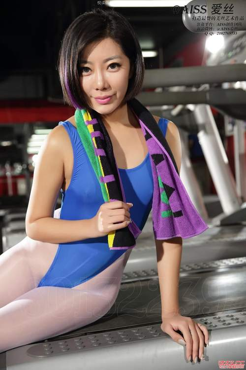 AISS爱丝套图5013萱萱去健身2